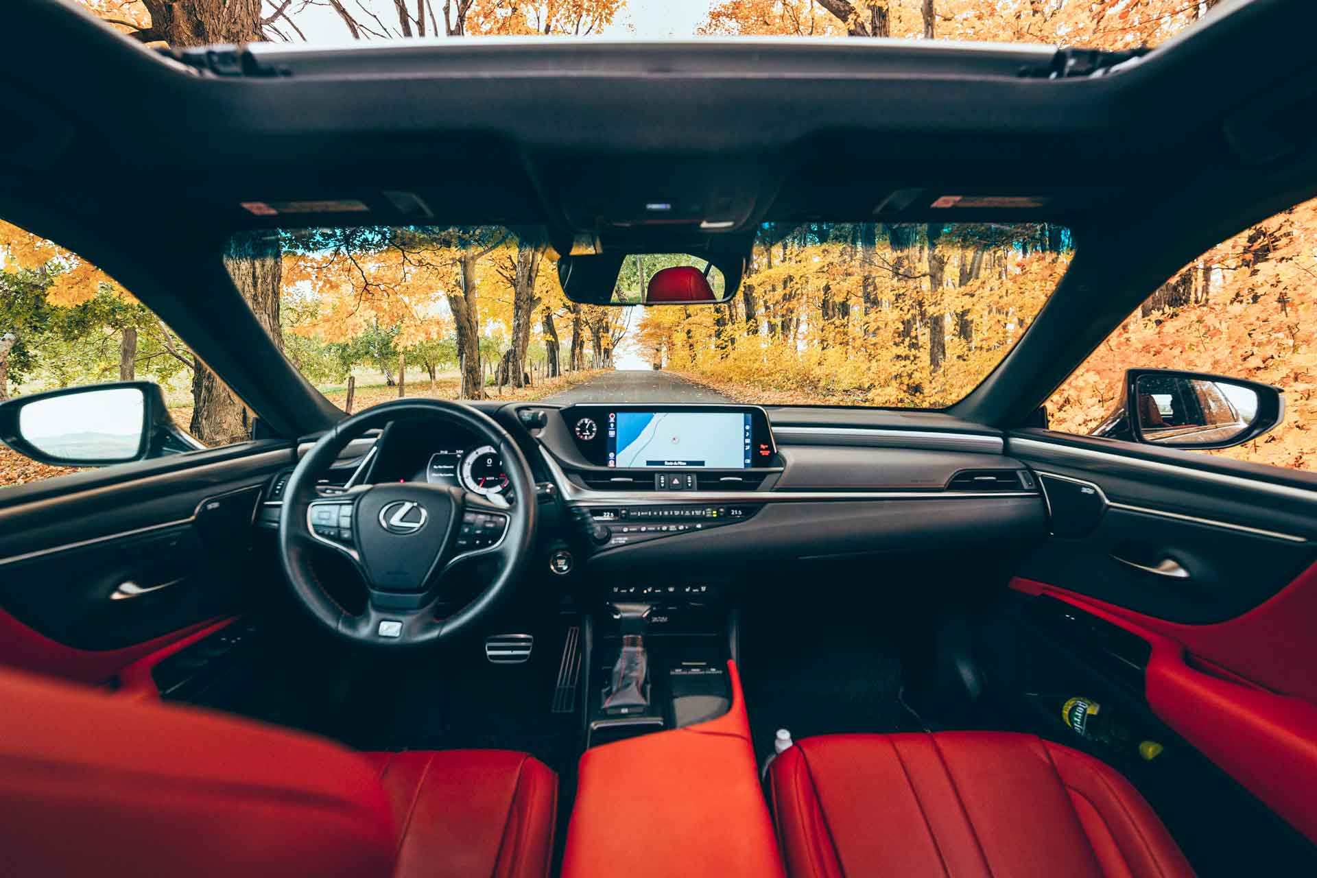 ES 350 FSPORT with Red / FSPORT Nulxue Interior