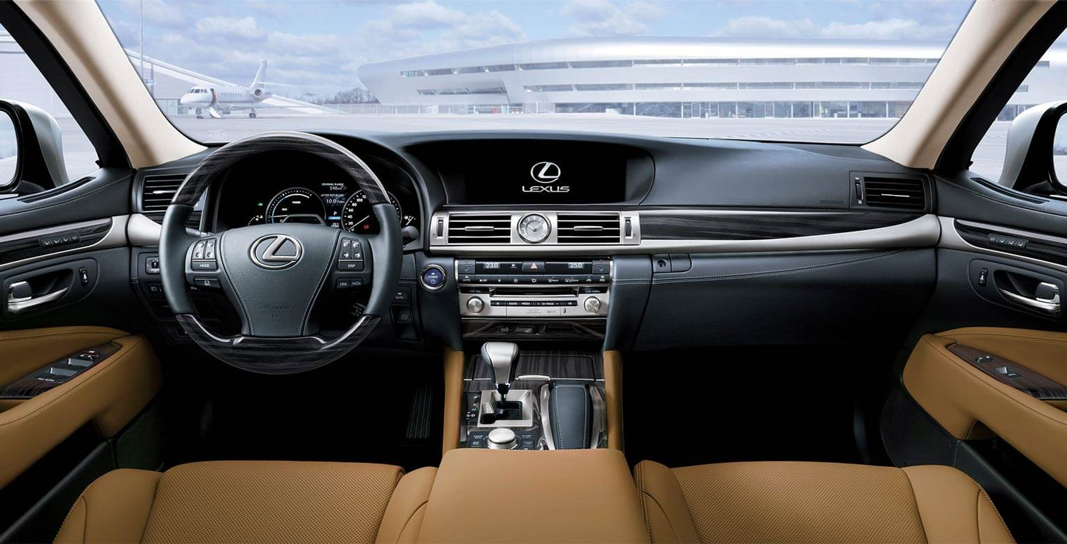 LS 460 L AWD with Executive Package in Flaxen Premium Leather with Shimamoku Woodtrim
