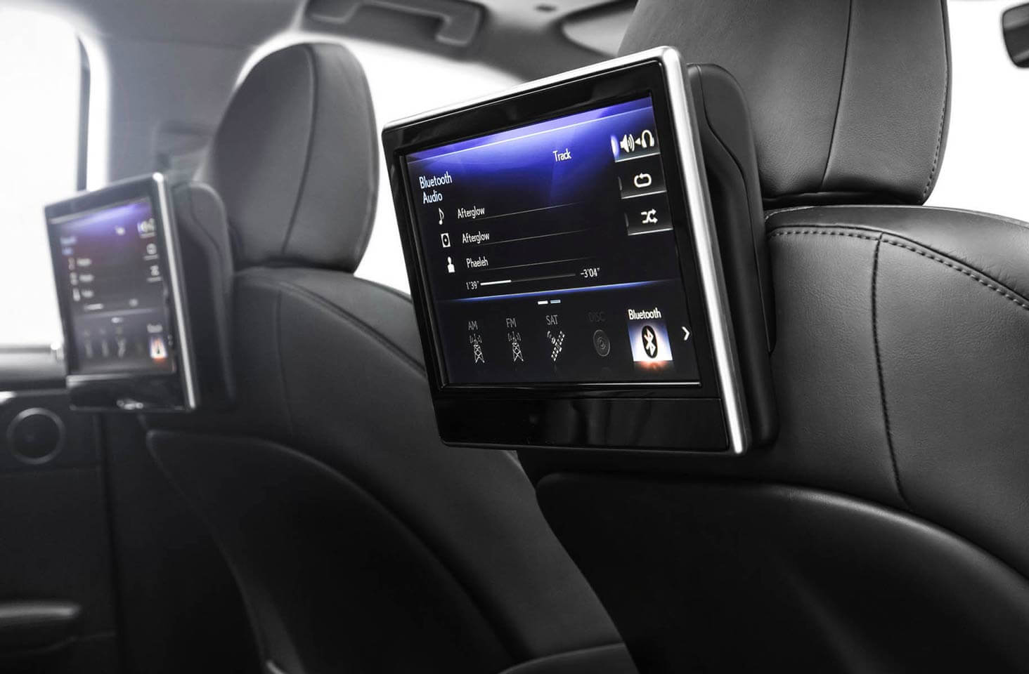 RX 450h with Executive Plus Package in Black Semi-Aniline Leather